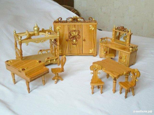 Из чего сделать мебель для кукол своими руками